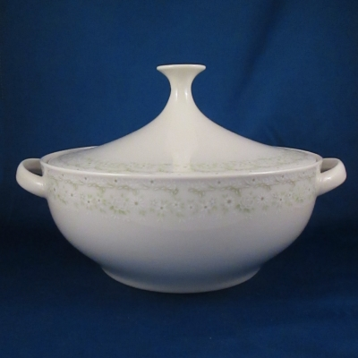 Noritake Primavera covered vegetable bowl - AS IS